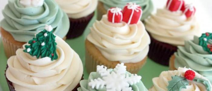 dolci-di-natale-calorici-cupcake-con-zuccherini